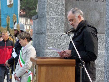 Claudio Zanotti ha tenuto l'orazione ufficiale.