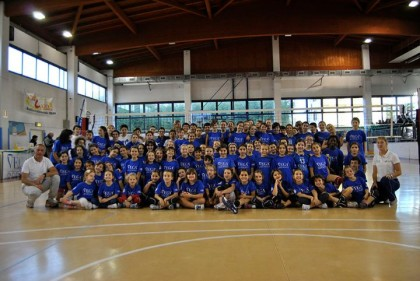 HA PRESO IL VIA DA VERBANIA LA MINIVOLLEY CUP 2016